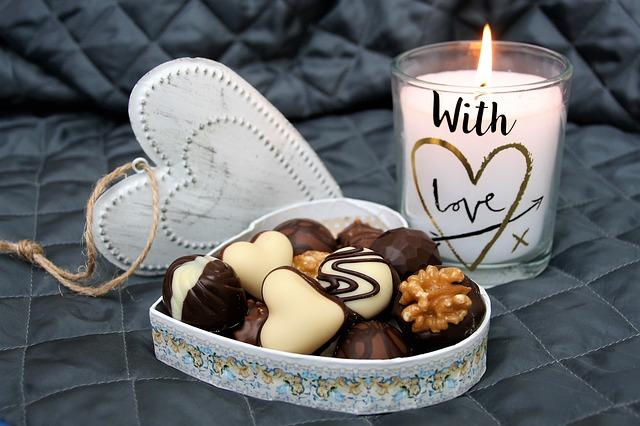 bonbony a svíčka