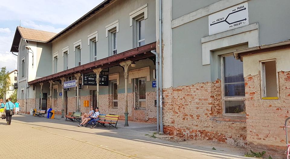 nádraží Neratovice